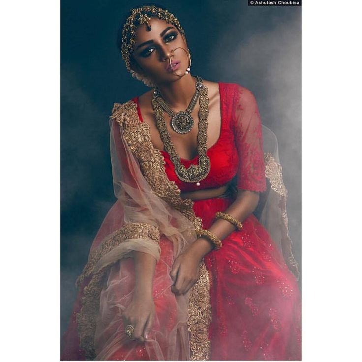 Traditional Temple Jewellery with Red Outfit from South Indian Bride Magazine.