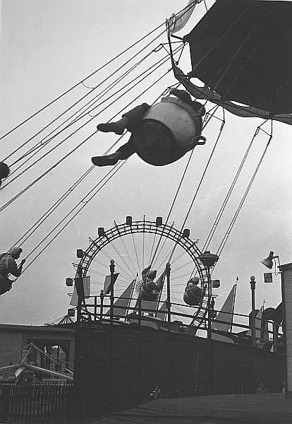 wien, praterkarussel, 1954/erich lessing
