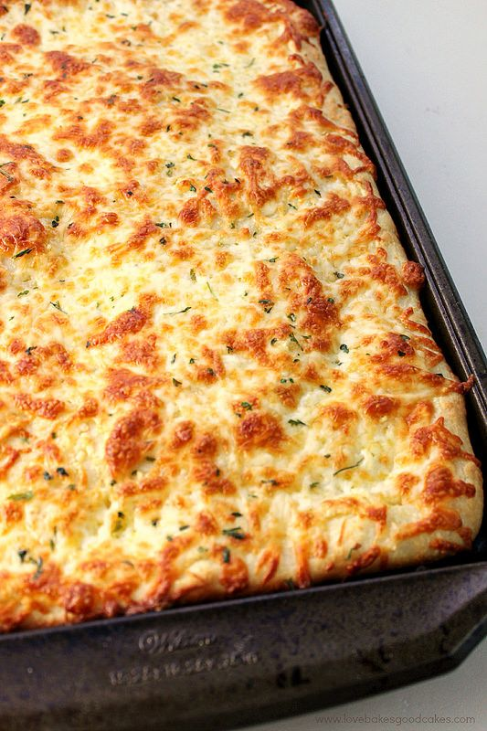 1000+ ideas about Cheesy Breadsticks on Pinterest | Cheese ...