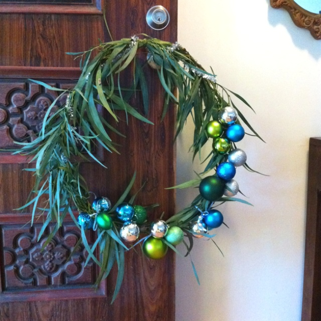 Australian wattle & Christmas bauble door wreath.