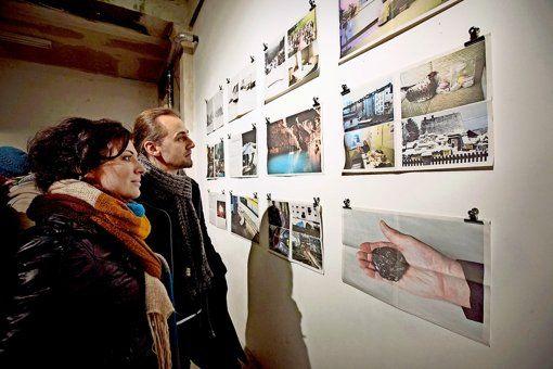 14March2015: The long night of museums in Stuttgart 7pm-2am!!! http://www.lange-nacht.de/ http://www.lange-nacht.de/fileadmin/lange-nacht/2015/Downloads/LNDM15_Booklet_download.pdf Begehrte Busse: Die Museumsnacht ist so beliebt, dass es auch mal eng werden kann. Ein möglicher  Abstecher: der Projektraum Lotte in der Willy-Brandt-Str…