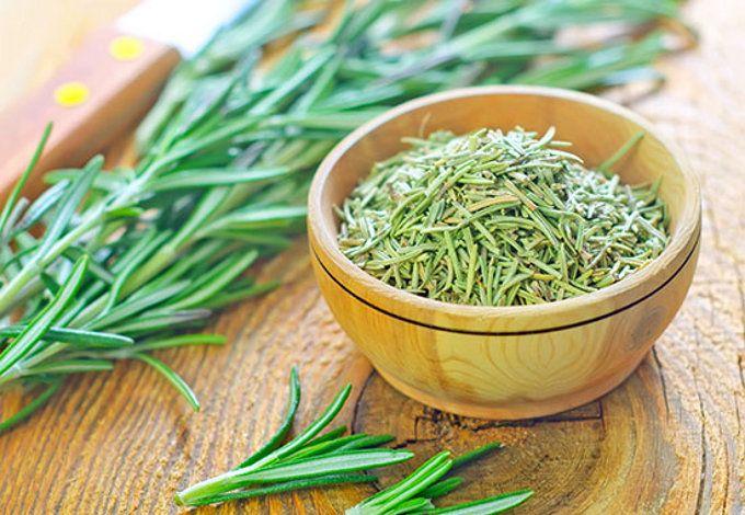 Esta planta tiene propiedades medicinales fantásticas, y un gran contenido de antioxidantes, los cuales la convierten en una verdadera protectora de nuestra salud y longevidad.