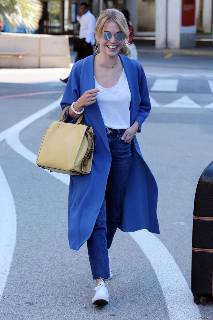 Alice Issaz à son arrivée à l'aéroport de Nice.