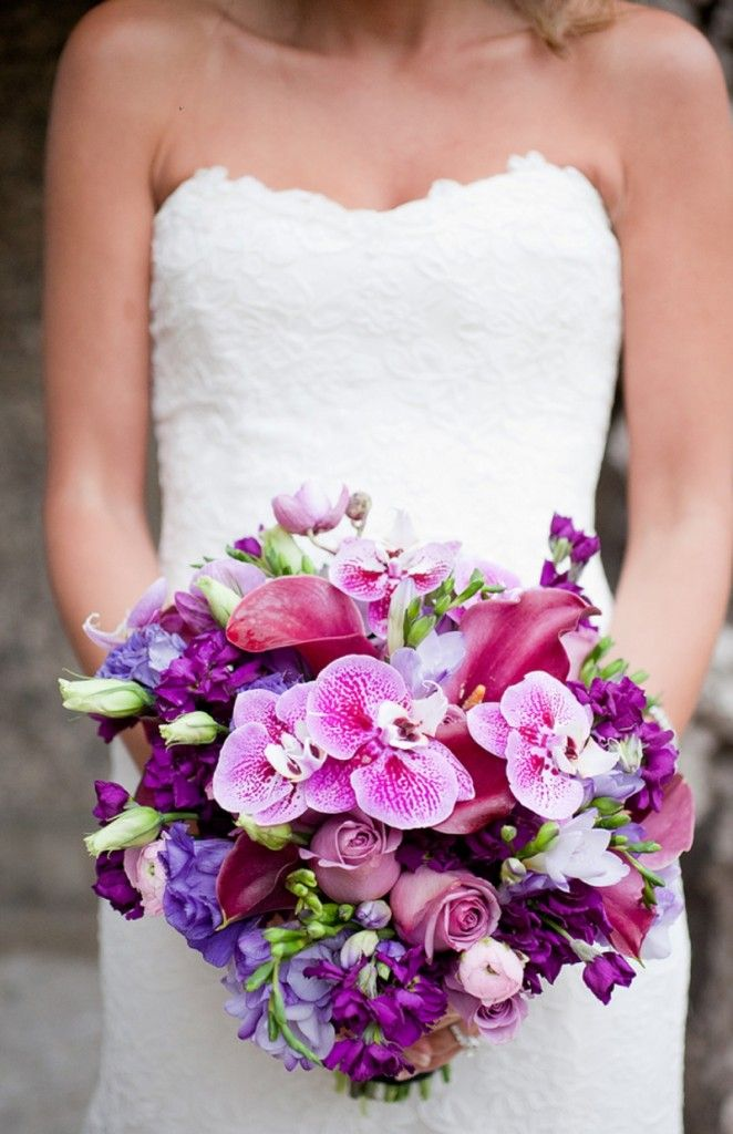 Glamorous Purple bouquet, photo by http://www.capturedbyjen.com // see more: http://theeverylastdetail.com/2012/09/05/glamorous-purple-white-miami-wedding-at-the-vizcaya/