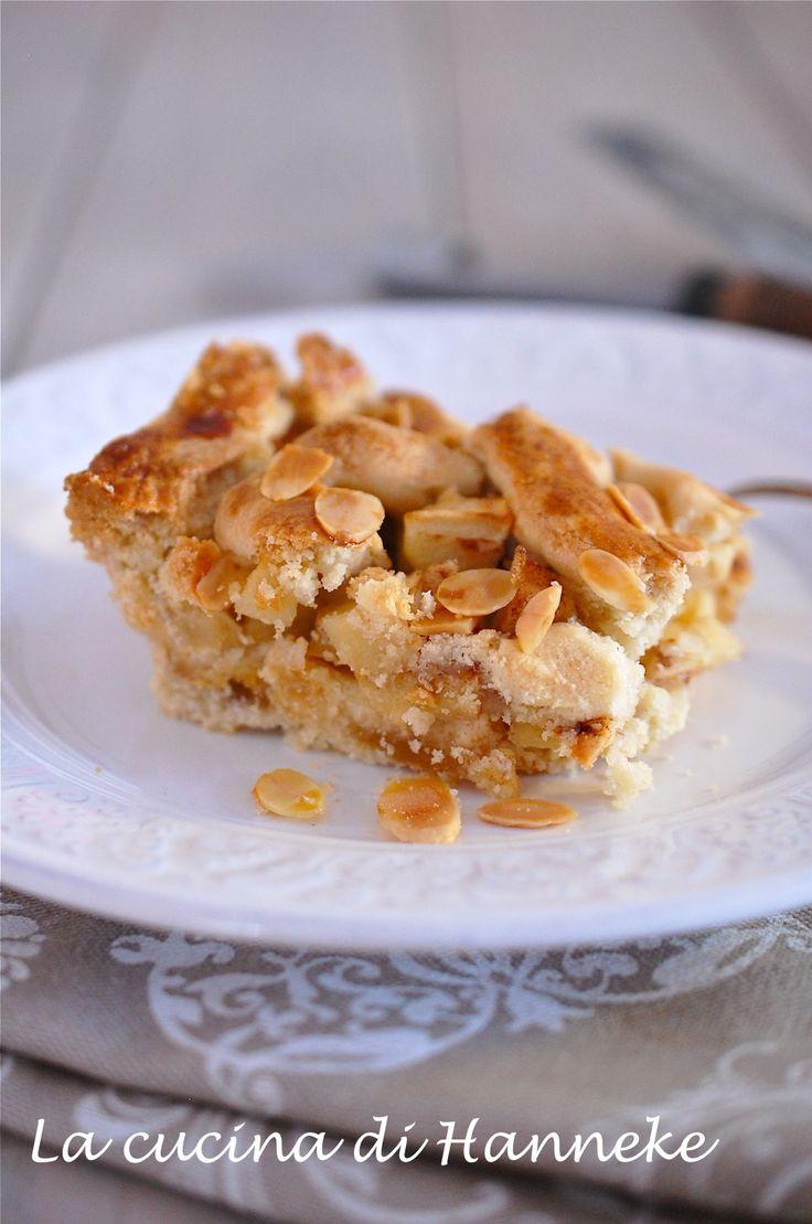 Torta di mele con pasta di mandorle. Buonissima!