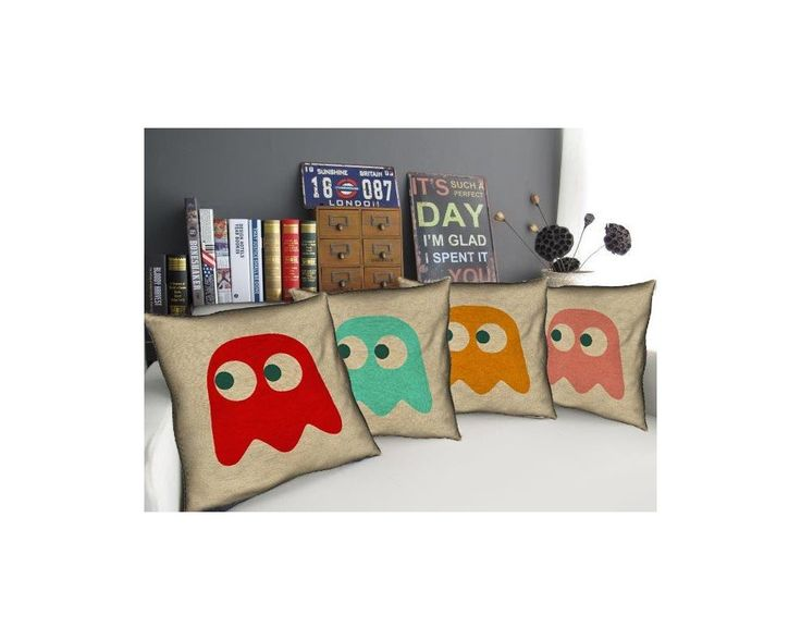 Pac-Man Ghosts , σετ 4 διακοσμητικά μαξιλάρια,9,90 €,http://www.stickit.gr/index.php?id_product=17698&controller=product
