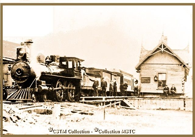 GRACEFIELD, Québec- Ottawa & Gatineau Railway station & train  p 1890_edited - vintage
