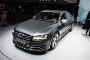 2016 Audi S8 price