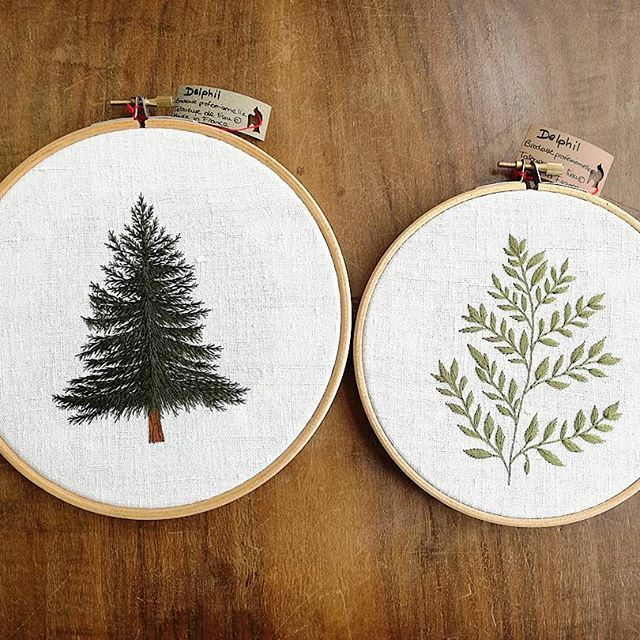[2 VENDUS / 2 SOLD OUT]  Available on #etsy ! 👌😊 Link in my bio  Etsy shop : Delphilembroidery . . . . . . . . . . . . . #sapin #fir #fern #fougere #greenlife #etsyfind #hoop #hoopart #hoopembroidery #bois #wood #handembroidery #embroidery #embroideryart #broderie #broderiemain #handmade #faitmain #brodeuse #embroiderer #embroidered #bordado #madeinfrance #delphil #tatoueusedetissu #modernembroidery #contemporaryembroidery #embroideryinstaguild #embroiderylove