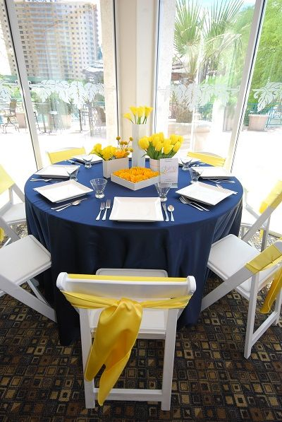 8 Perfect Color Combinations for Your Wedding - Navy, Yellow and White
