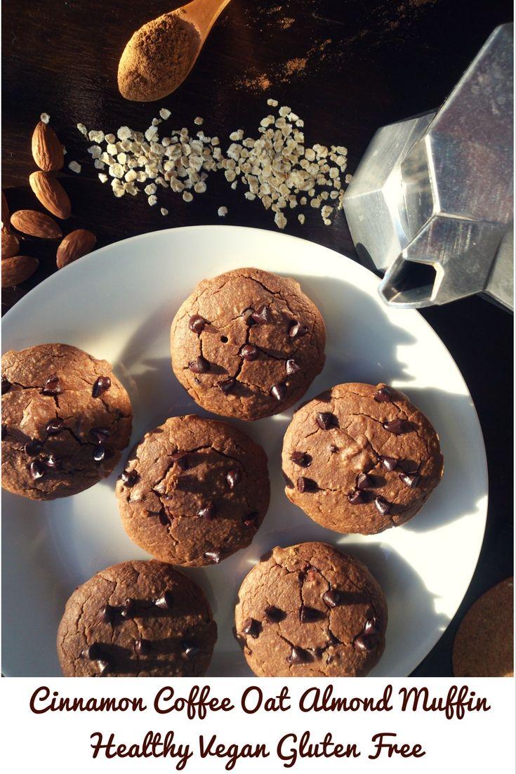 ♥ Coffee Cinnamon Almond Oat Healthy Vegan Gluten Free Muffin ♥ Muffin Energetici al Caffè e Cannella con Farina di Avena e di Mandorle ♥Il gusto del caffè con l'aroma della cannella è a dir poco straordinario, le mandorle danno freschezza e l'avena corposità. 150 calorie. Goduria! #vegan #glutenfree #caffè #cannella #muffin #coffee #lowcarb #cinnamon #almond #oat #foodblogger #training #eatclean #light #fit #fitness  #fitwithfun #fitfam #bodybuilding #healthyfood #recipe #ricetta