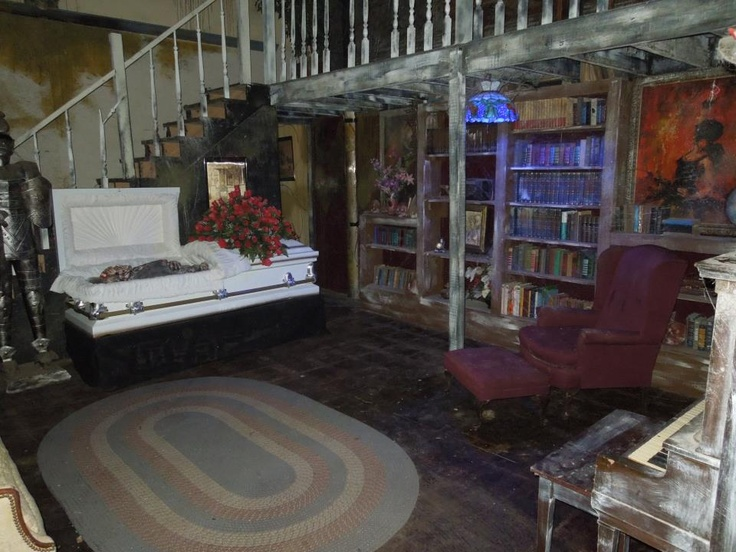 Garage halloween haunted house ideas
