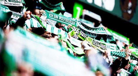 Die Fans sind immer mit dabei, wenn es heißt den VfL Wolfsburg zu unterstützen.