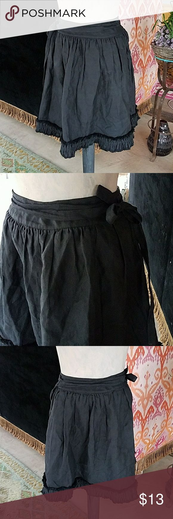 !! Kate spade !!  sz M WRAP linen skirt Sz m lined linen skirt cute year around, throw some tights on and rock it :) kate spade Skirts