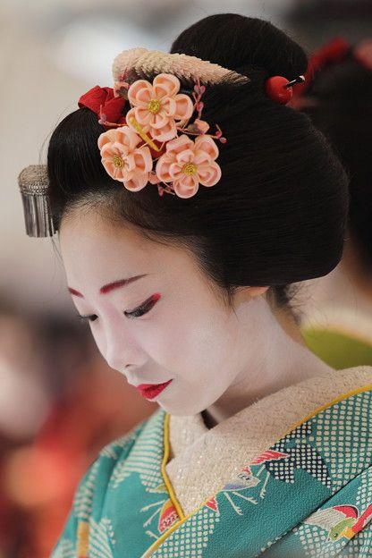 Maiko Katsune at the Plum Blossom Festival 2014 by Mechimasu on Photozou