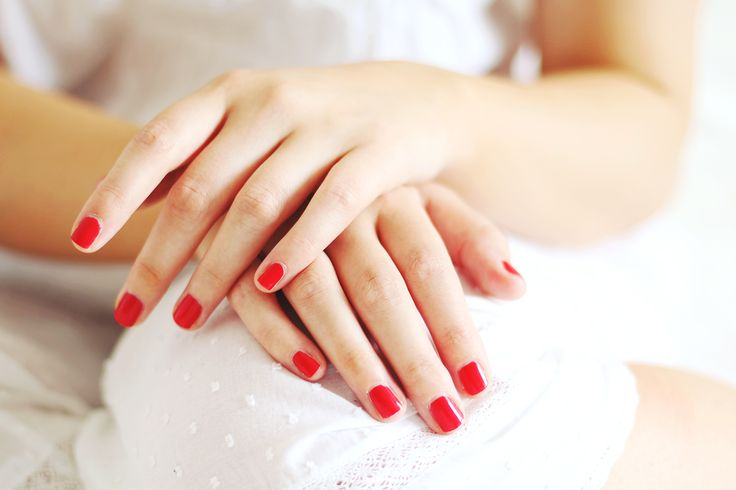 Red Nails At The Ready | The Date Night | I Covet Thee