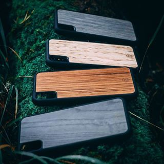 LastuCover for iPhone X is here! Order before November and get -15% discount. Use code: iphonex See more: lastucase.com 📱📲📱 - #iphone #iphonex #iphonecase #iphonexcase #wood #wooden #kuoret #cases #case #lastu #design #phonecase #nature #suojakuoret #iphonekuoret