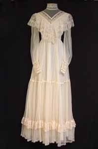 Vintage Clothing- Oh, my! This looks like the exact Gunne Sax dress I wore for my wedding in 1981!