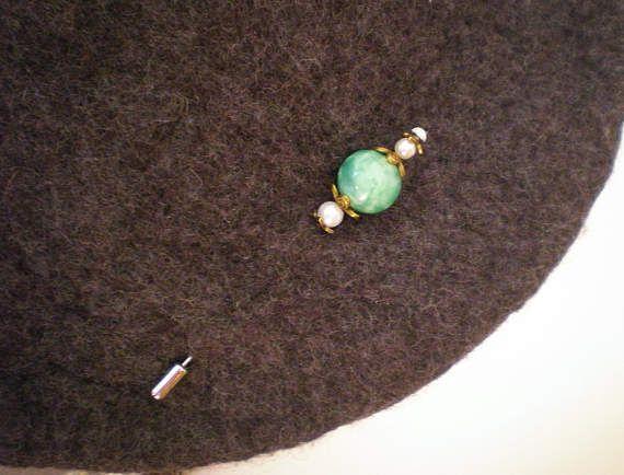 Hatpin - Stickpin nr 3, met antieke glazen gemarmerde kraal