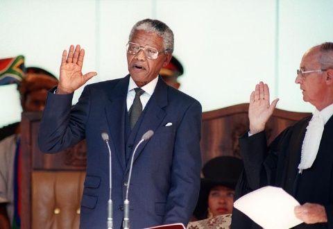 En 1994, el fallecido líder sudafricano se convirtió en el primer presidente negro de su país y brindó un  histórico discurso de reconciliación.