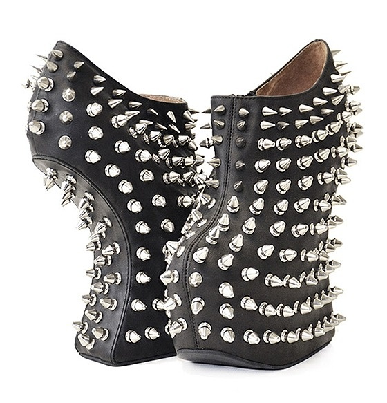 Crazy shoes!Spikes, Holy Shoes, Crazy Shoes, Shadows Studs, Platform Shoes, Jeffrey Campbell, Heels, Jeffreycampbel, Campbell Shadows