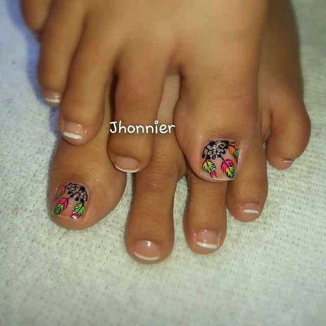 Caro ruiz masglo_oficial nails uñas decorados esmalte negro campeona