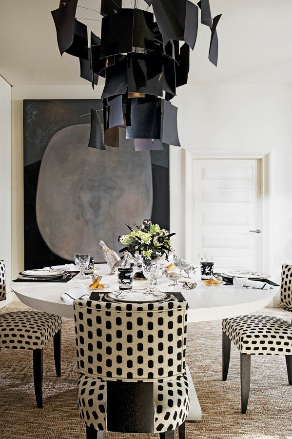 A graphic black & white dining room by Alberto Pinto. | design2share.comDining Rooms, Tables Sets, Polka Dots, Lights Fixtures, Interiors Design, Diningroom, Black White, Chairs Upholstery, Alberto Pinto