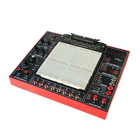 Entrenador analógico/ digital para simulación de circuitos - sólo 392,83 €  · Placa board: Extraíble con 2.712 puntos · Fuentes de alimentación DC, fijas y variables · 2 Potenciómetros · 1 Altavoz: 8W / 0.25 W · 4 Adaptadores de conexiónes externas · 2 Displays de 7 segmentos rojos · Conector de 60 pins · 2 Pulsadores sin rebotes. · 8 Interruptores · 8 Leds · Dimensiones: 325x250x95 mm, peso: 3 Kg