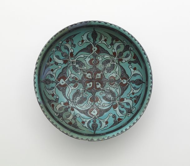 Stone-pasted underglaze painted dish, Saljuq period mid 13th c. from Iran. In the Freer Gallery collection.
