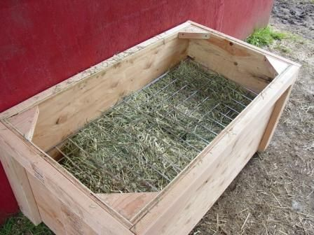Slow Hay Feeder close-up Photos - we need to make two for our run-in shed.
