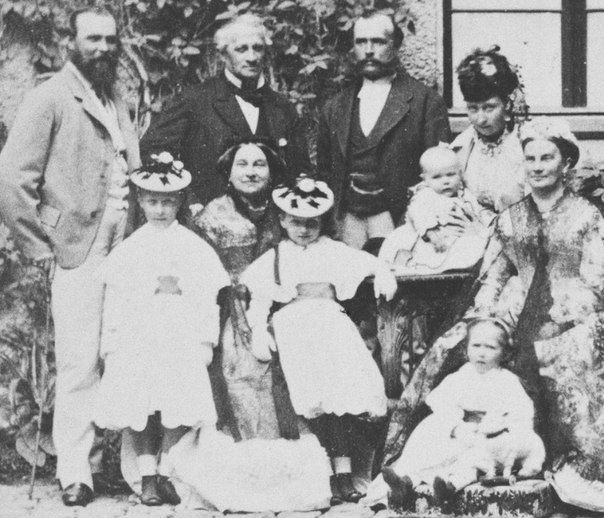 """Prince Ludwig of Hesse (Darmstadt) and By Rhine, his wife Princess Alice, children:Princesses Victoria, Elisabeth and Irene and Prince Ernest Louis,visiting Prince Louis family, 1860. """"AL"""""""