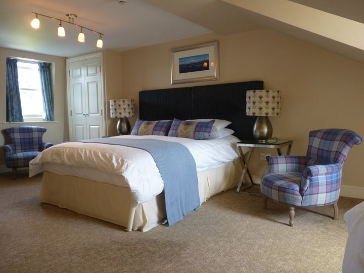 En suite family room number 7 Lynwood House Bed and Breakfast Cambridge