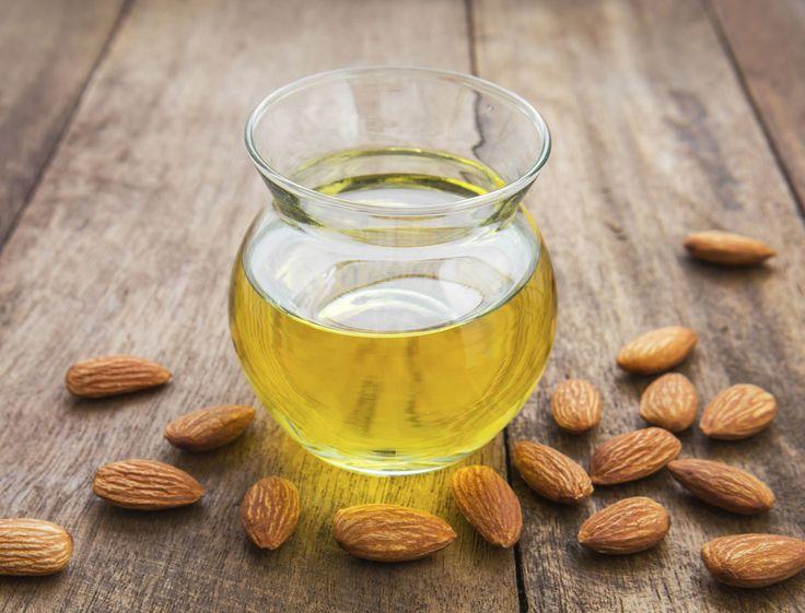 Bien connue pour ses propriétés beauté, l'huile d'amande douce est aussi un remède efficace pour soigner un certain nombre de petits problèmes de santé...