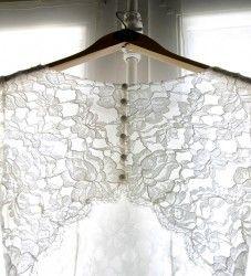 Marielle MAURY - En Compagnie des Perdrix, créatrice de robes de mariée sur mesure #wedding #mariage #robe #mariee #boheme #chic #creatrice #champetre #dress #weddingdress #dentelle #soie #france #retro