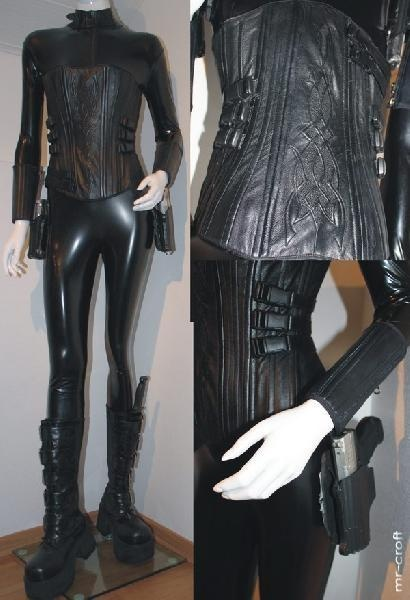 I WANT TO SEE YOU WEARING THIS!!! Underworld style