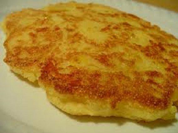 Simple Portuguese Corn Cakes (Bolos de Milho) - Easy Portuguese Recipes