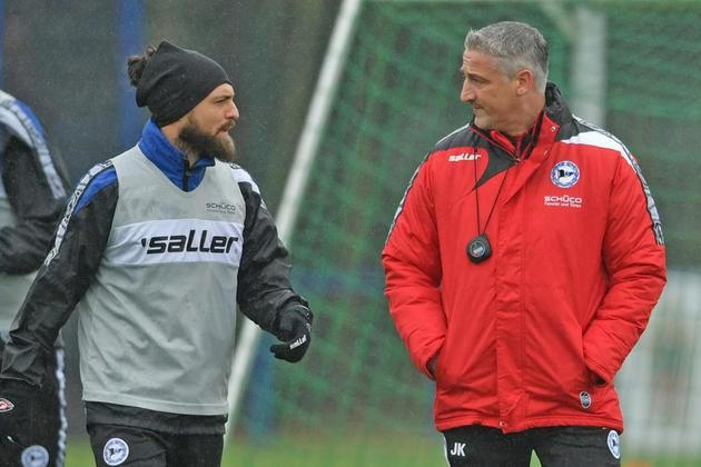 Neuer Trainer freut sich auf sein erstes Arminia-Spiel – Lob für Ulm – Anpfiff gegen Heidenheim um 18.30 Uhr +++ Kramnys kniffliges Debüt