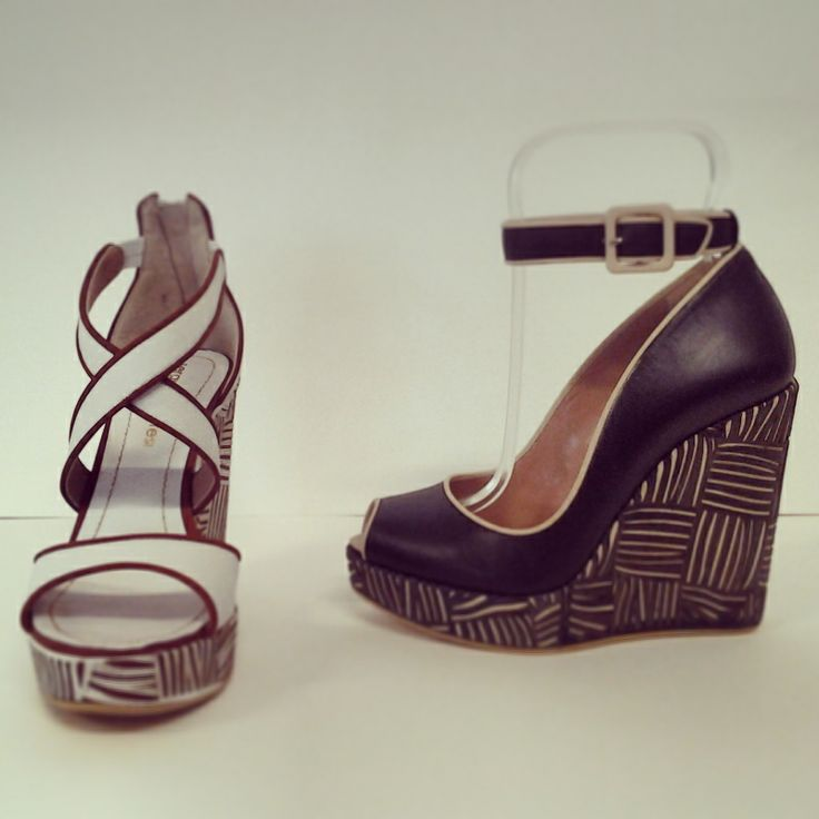 lasered #platform for @sergiolevantesishoes #collection. White and black #sandal with sand #details.