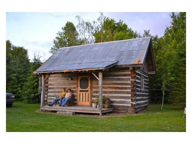 Small Cabin Built From Abandoned Barns | A Northwoods Cabin | Pinterest |  Cabin, Barn And Log Cabins