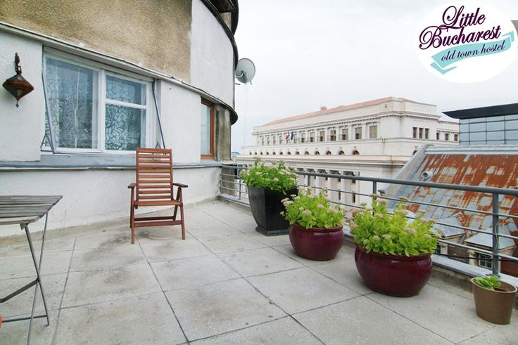 Right in the center of Bucharest, în the Old Town, our Old town artist's vintage house is located in a historical building and it has a great panoramic view over the city center, facing the National Bank of Romania. Quiet and cozy, the apartment is tasteful decorated and it gives you an warm