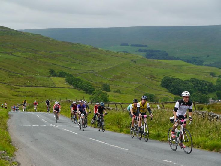 Visitors trying their hand (or feet) on the Cote de Cray the day before the TdF came through