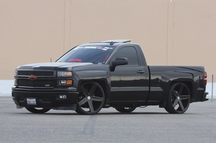 2015 Silverado lowered on Dubs | Chevy silverado ...