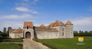 Hasil gambar untuk chateauform le fief des epoisses