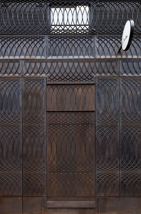 Beautiful relief pattern drawn by designer Paul Smith for his store facade. Story: Paul Smith Albemarle Street store facade by 6a Architects