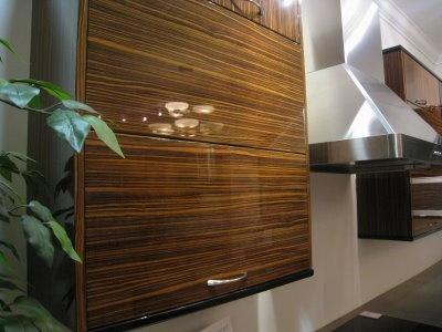 high gloss laminate cabinets 3