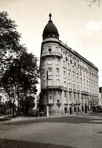 El Hotel Imperial, ubicado en la esquina del Paseo de la Reforma y la calle de…