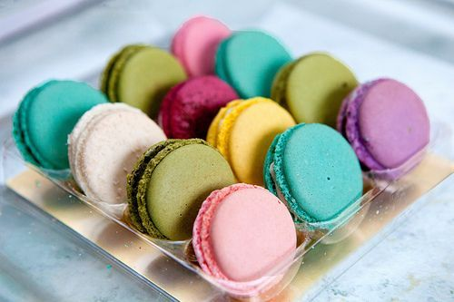 #macaron #colorful: Desserts, Cookies, Sweet, Pretty Colors, French Macaroons, French Macaron, Yummy, Food Photos, Bright Colors
