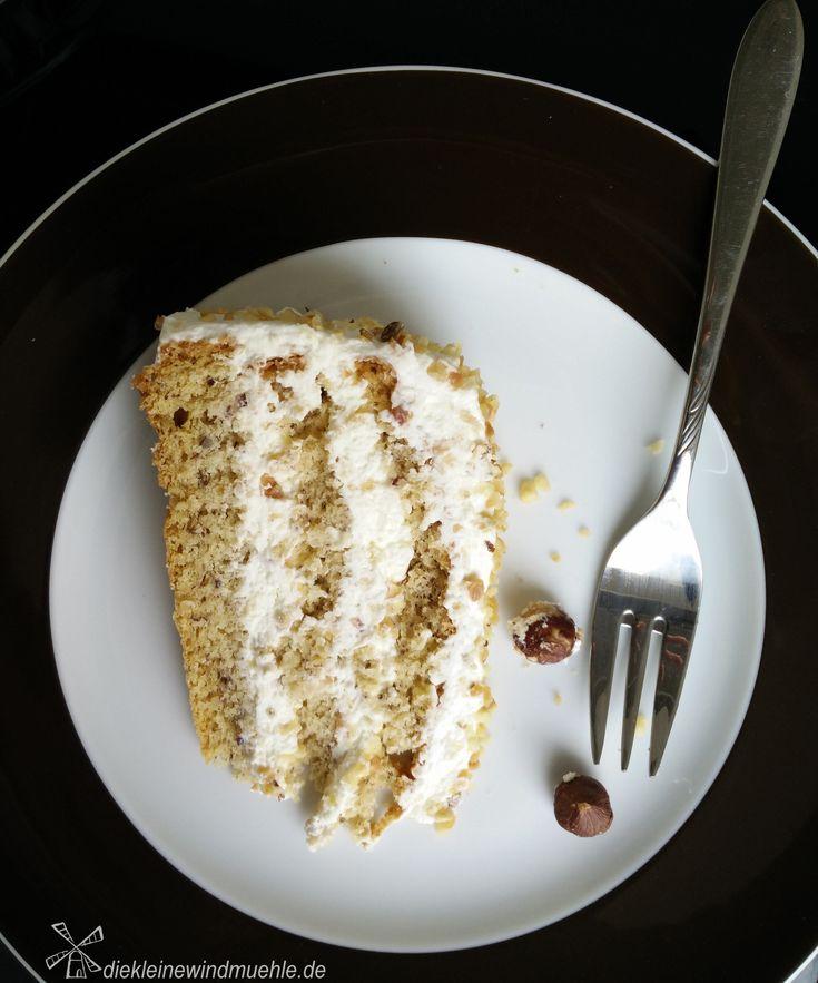 Sahne-Nuss-Torte