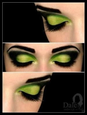 this would be pretty witch makeup. chic twist on a classic by brittanyrdh