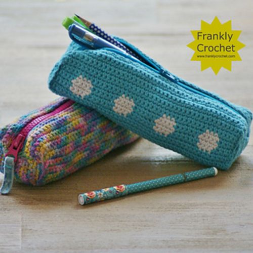Crochet Me Lovely - Spot Pencil Case Tutorial pattern by FranklyFair